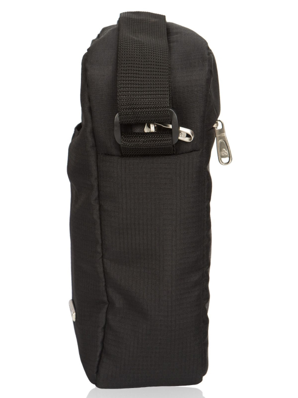 Cosmus Stitchwell Black Sling Bag
